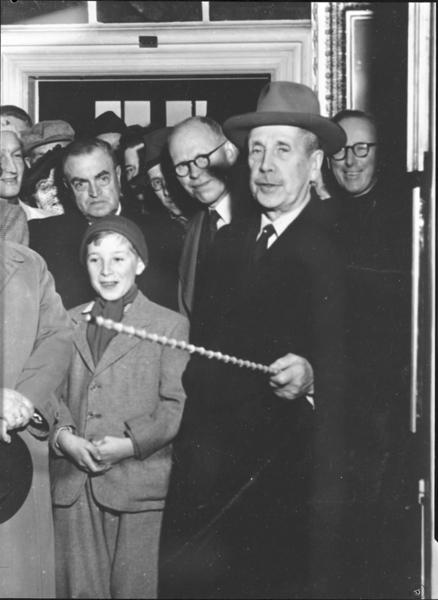 Stian Finne-Grønn var både kommunearkivar og direktør for Bymuseet. Fotograf: ukjent. År: ca. 1950. Oslo Museum.