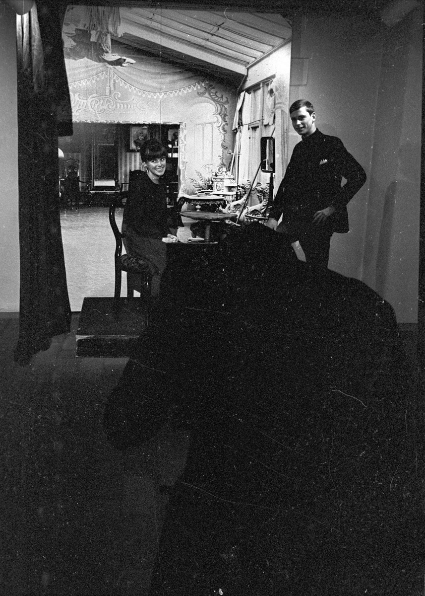 """Drygt 5000 har redan sett """"Kameran knäppte"""" på Upplandsmuseet, Uppsala 1966"""