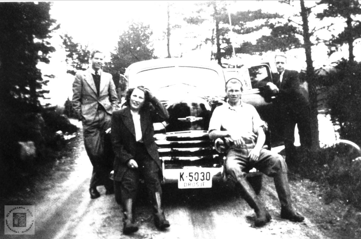 Drosjebilen til Alex Skeibrok, Bjelland.