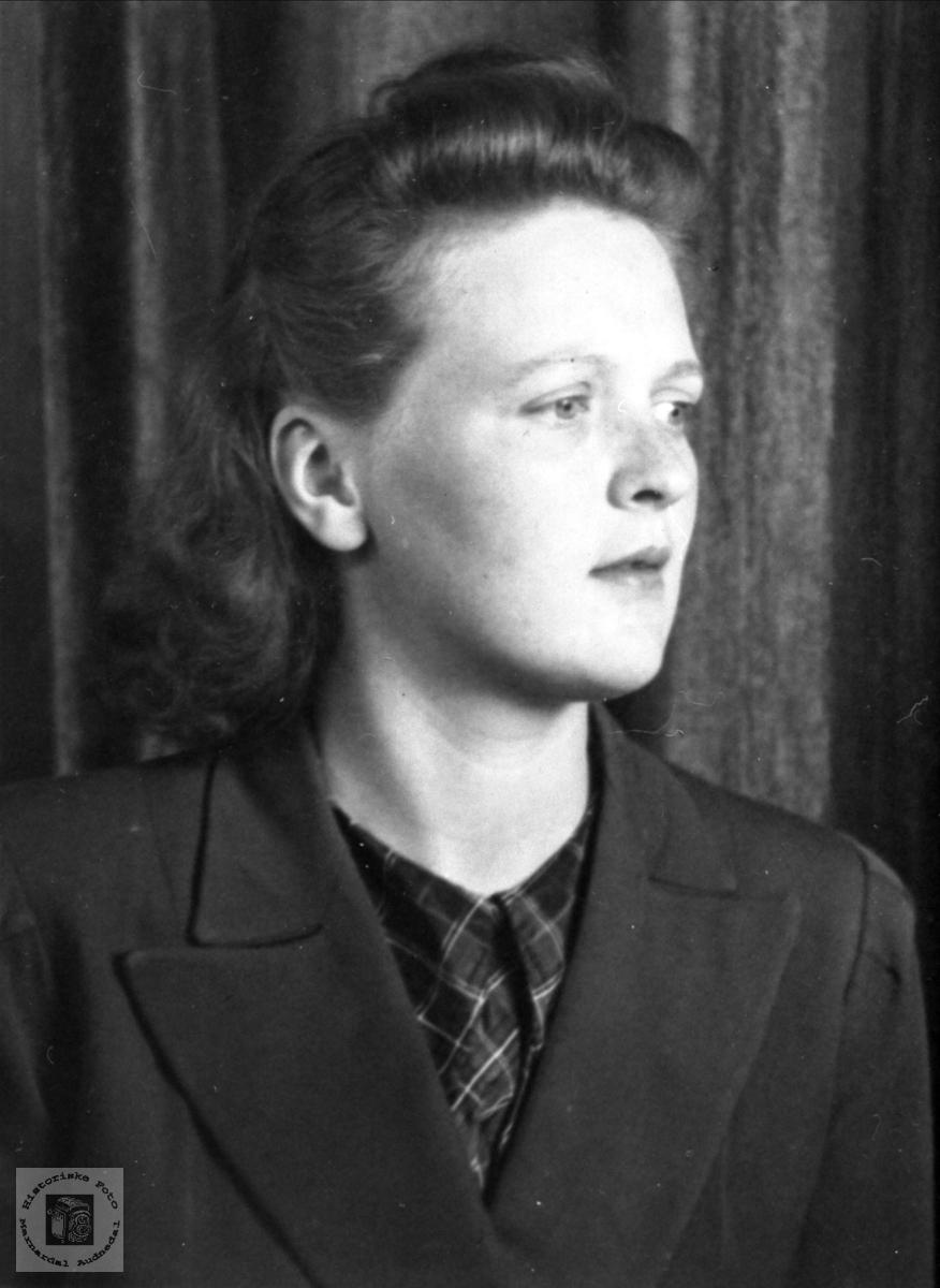 Portrett av Ingrid K. Homme.