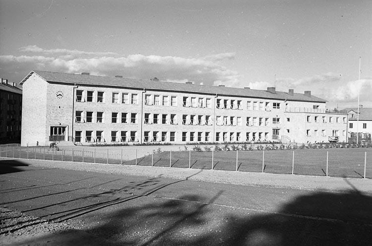"""Enligt notering: """"Söderskolan 22/9 1948""""."""
