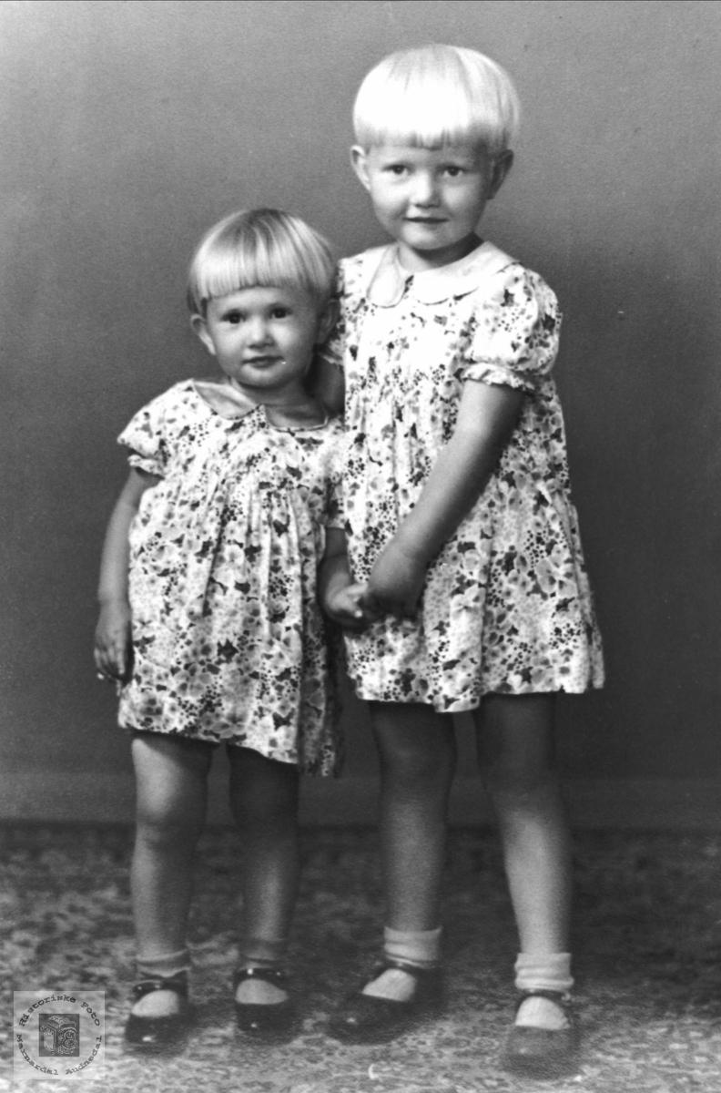 Søsknene Anny Elinor og Gerd Sylvia Korsvold