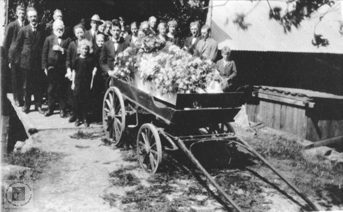 Likferd, Osmund B. Høye