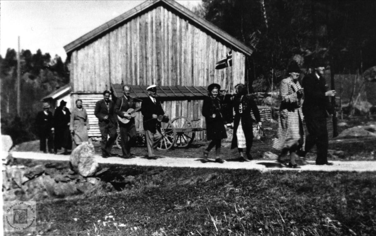 17. mai tog 1940 på Brunvatne