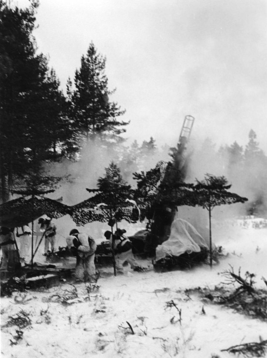 Haubits F. 15,5 cm. 5.Batt. Skarpskjutning vinter, A 6.