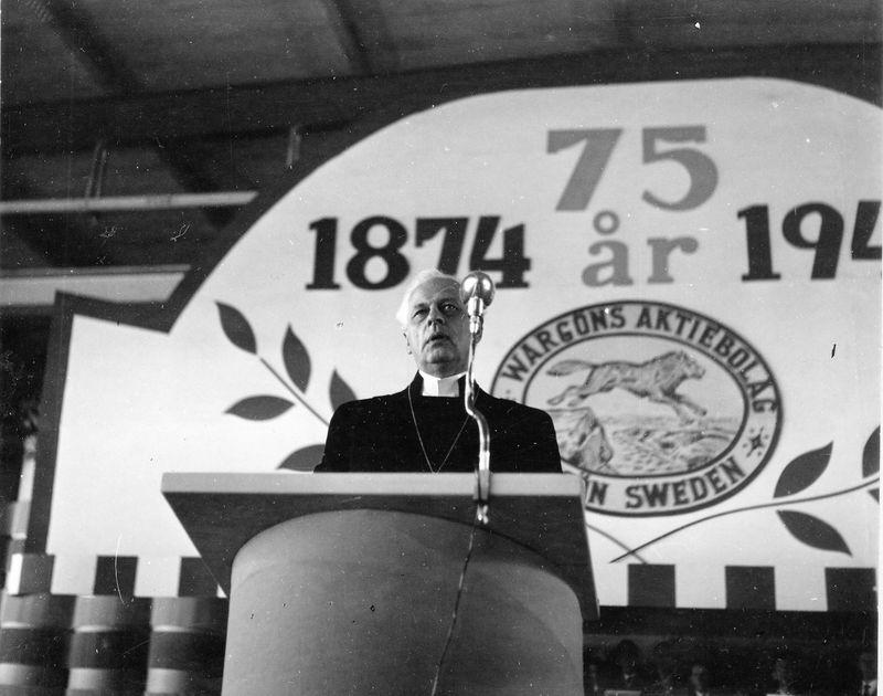 Wargöns AB.  Från jubileumsdagen, (75 år) söndagen den 19 juni 1949. Biskop Ljunggren högtidstalar.