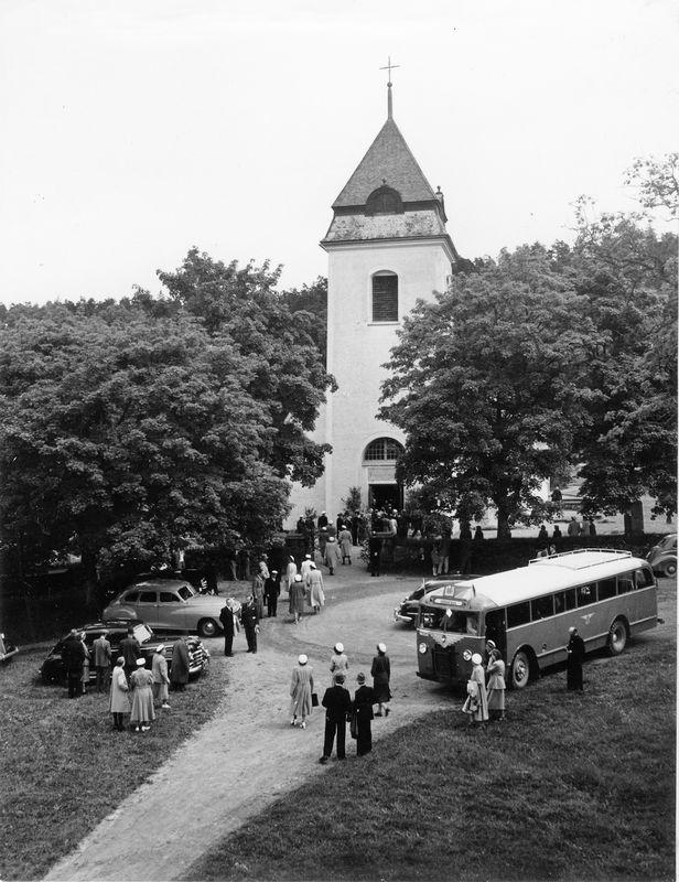 Wargöns AB.  Från jubileumsdagen, (75 år) söndagen den 19 juni 1949. Medaljutdelningen i Västra Tunhems kyrka.