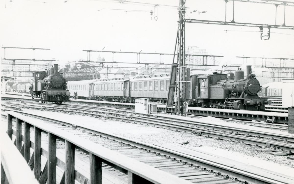 To damplok type 23b i skiftetjeneste på Oslo Østbanestasjon