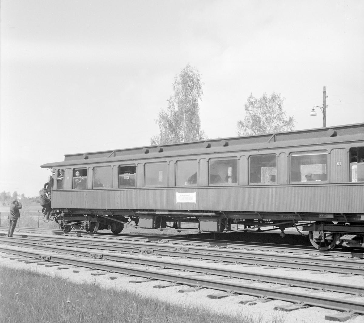 Veterantogtur på Solørbanen for A/L Hølandsbanen og Svenska Järnvägsklubben. Vogn Bo3b nr. 81 var reservert for A/L Hølandsbanenen.