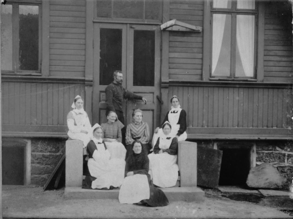 Søstrene på Vardø sykehus 1905