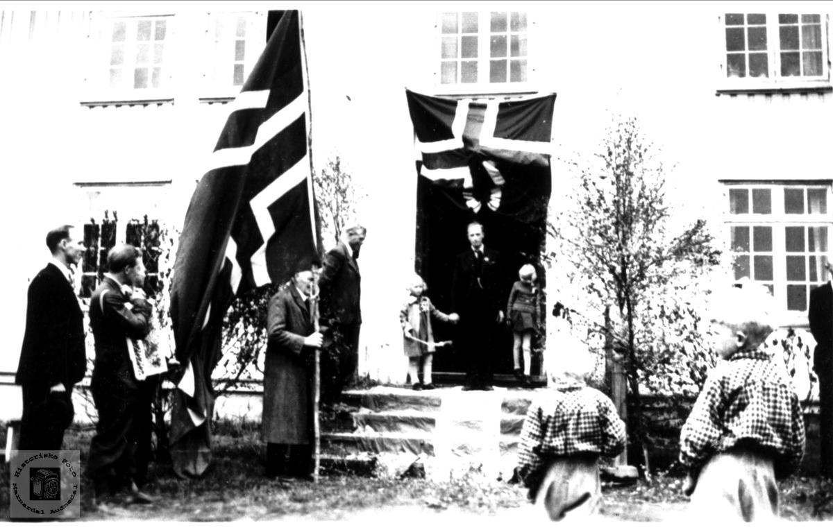 Etter krigen mai 1945 i Bjelland.