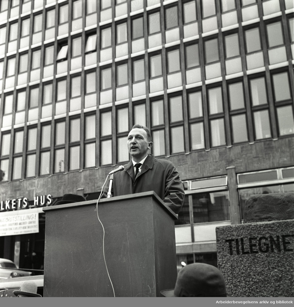 1. mai 1963 i Oslo.Ronald Rooth taler ved Pioneren.