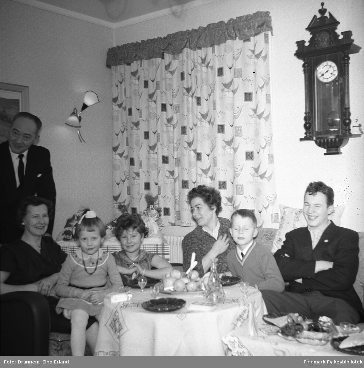 Familien Sørensen, Turid Lillian og Jenny Drannem