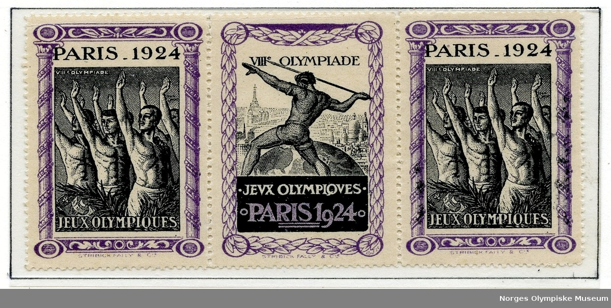 Ti klistremerker fra sommer-OL i Paris 1924 montert på en albumside. To ulike design, det ene viser atleter som hilser og det andre viser en spydkaster.