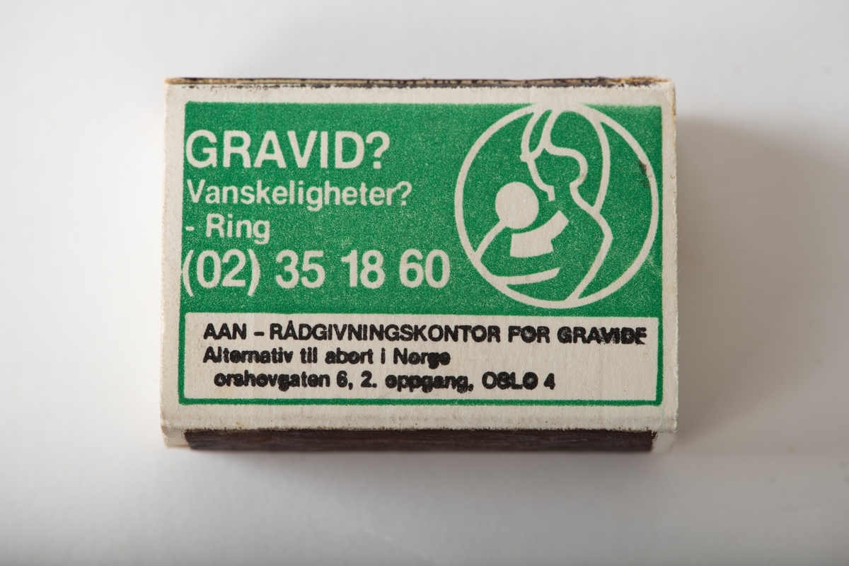 Harald Solbergs furutre/ ettøring/ sol,/ himmel,