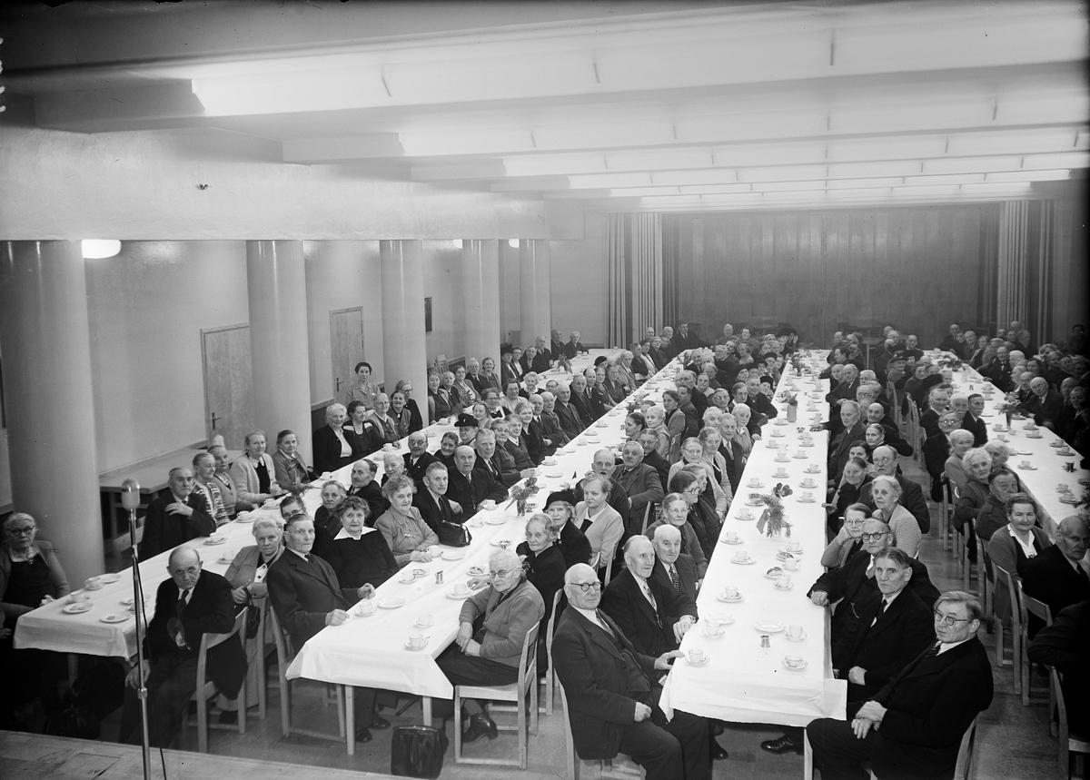 Sammankomst på Folkets hus, Uppsala 1951