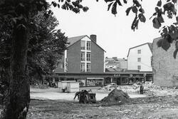 """""""Båtsmansbacken"""". Kvarteret Lugnet efter total rivning, 1961"""