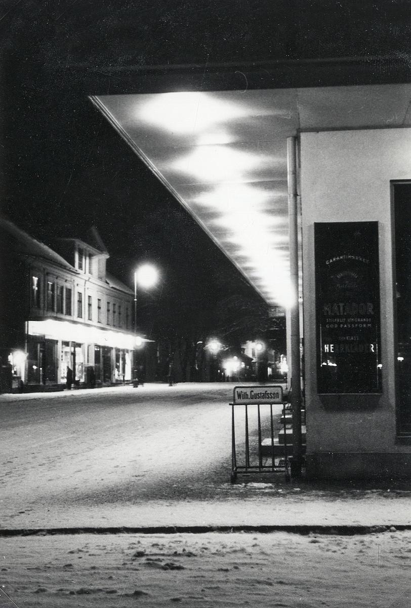 Storgatan i korsningen mot Västra Esplanaden, Växjö, ca 1960.