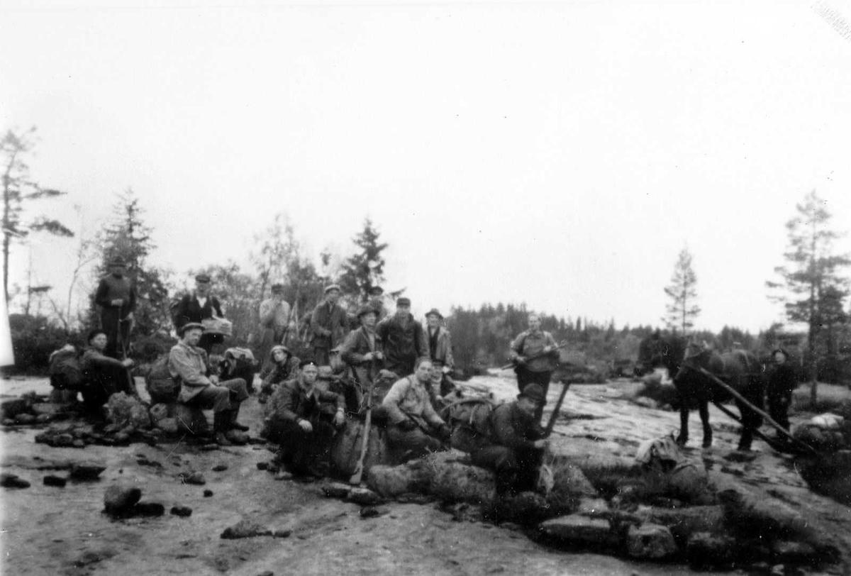 Åmlibilder samlet av Åmli historielag Elgjakt på Åmlandsheia