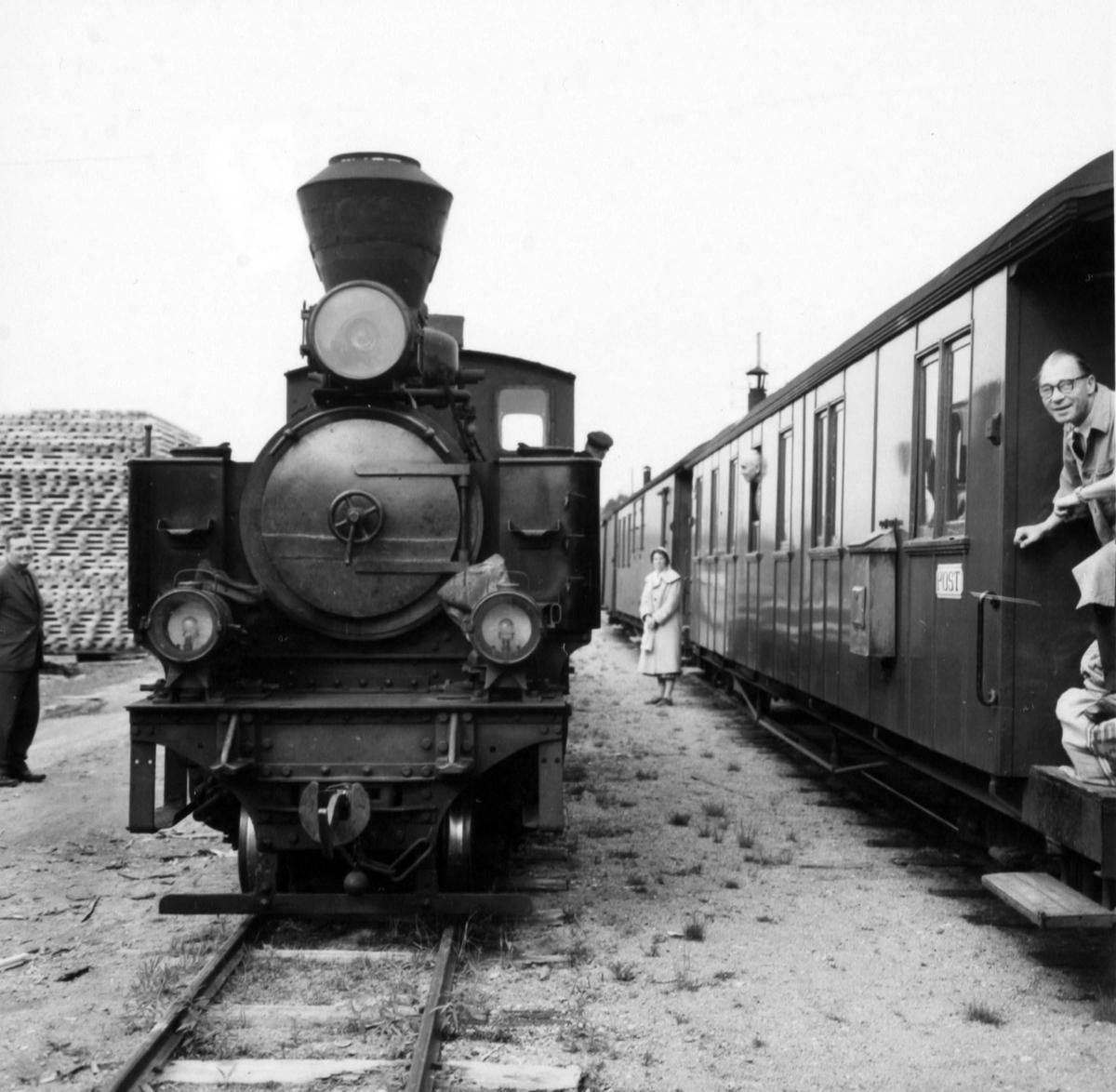 Skifting på Finstadbru stasjon.