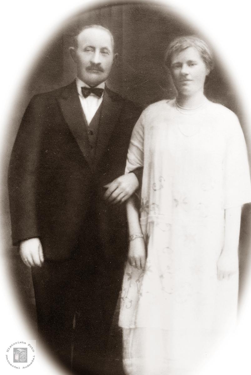 Portrett av Ole Mortensen og Anna Grostøl. Eiken Grindheim.