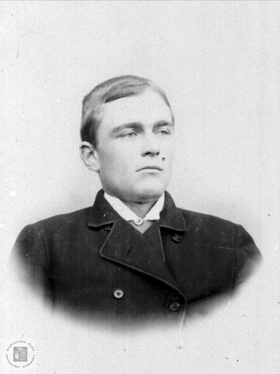 Portrett av Knut Finsdal, Øyslebø.