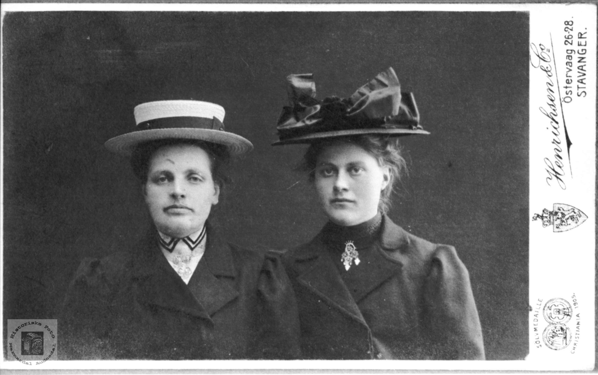 Portrett av Sofie og Olevine Bruskeland