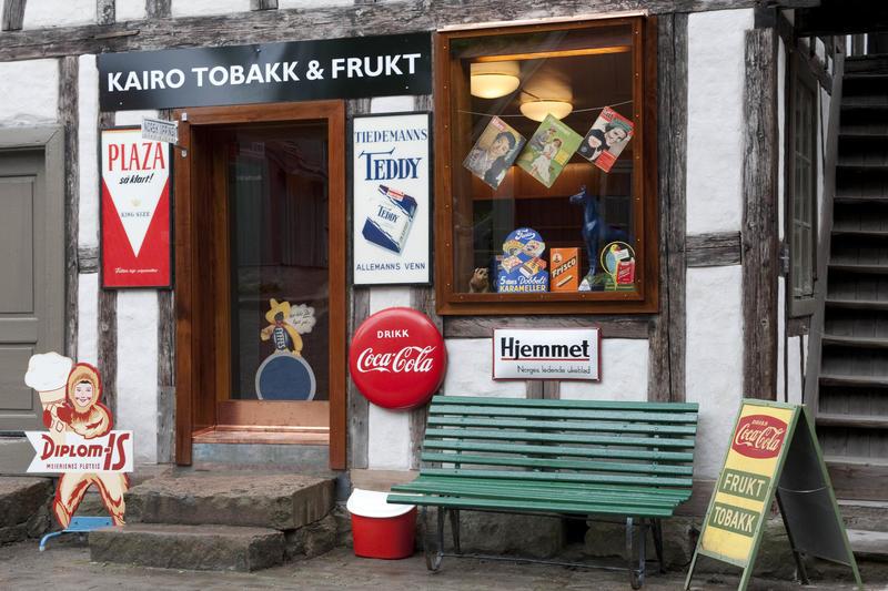 Tobacco Store. Foto/Photo