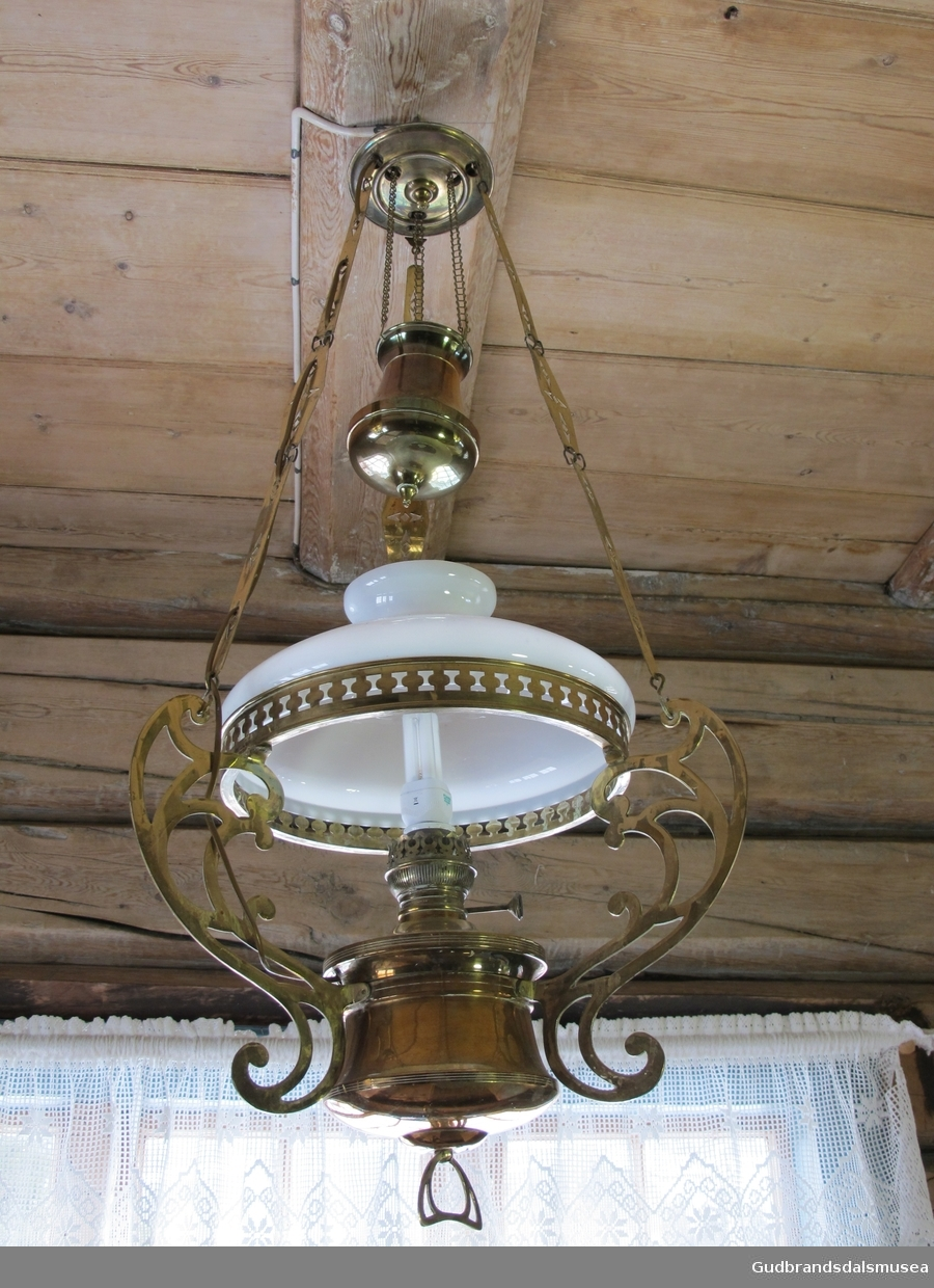 Lampe Gudbrandsdalsmusea AS DigitaltMuseum