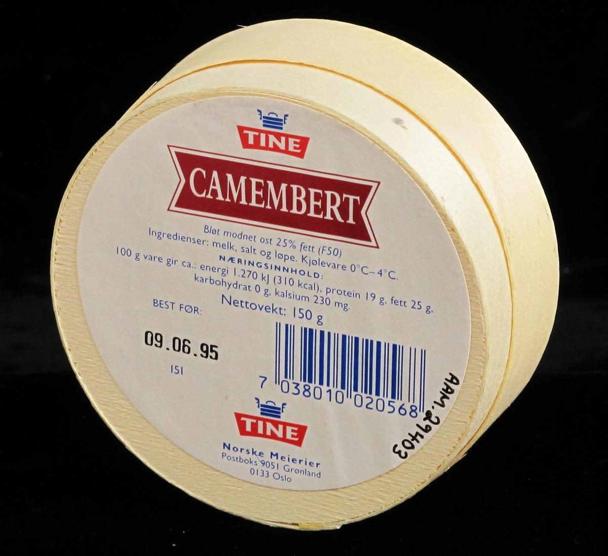 Camembert ost