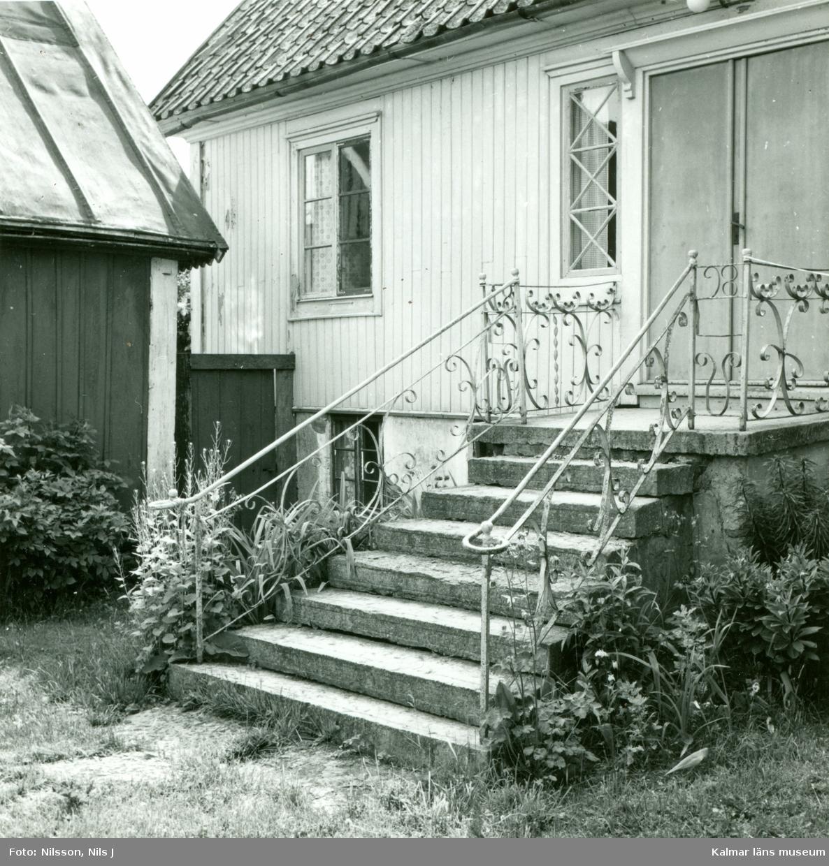 Eibert Anderssons gård. Trappan till stora byggnaden.