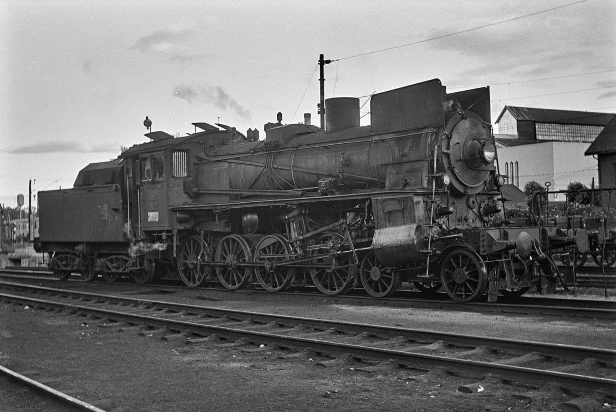 Damplokomotiv type 26c nr. 436 ved lokomotivstallen på Hamar.