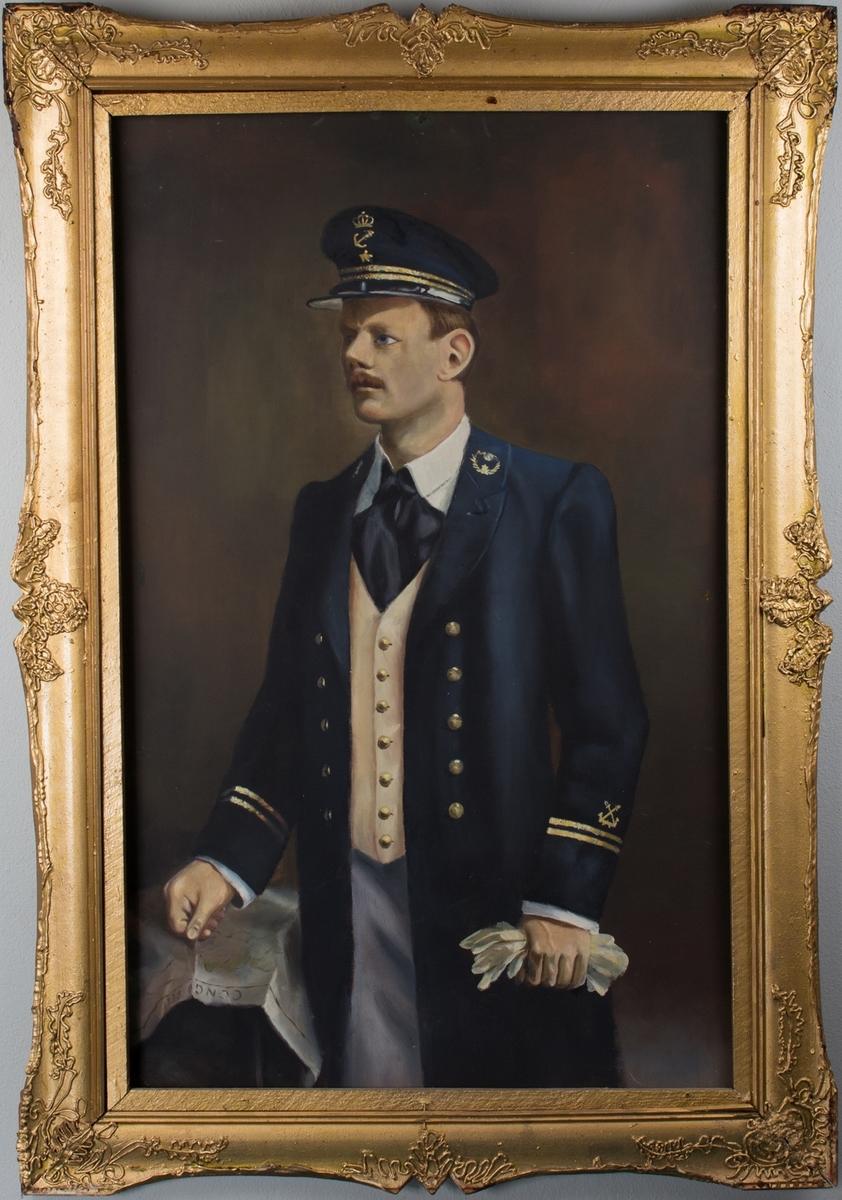 Fullfigurportrett av industrimann og skipsreder P. G. Halvorsen