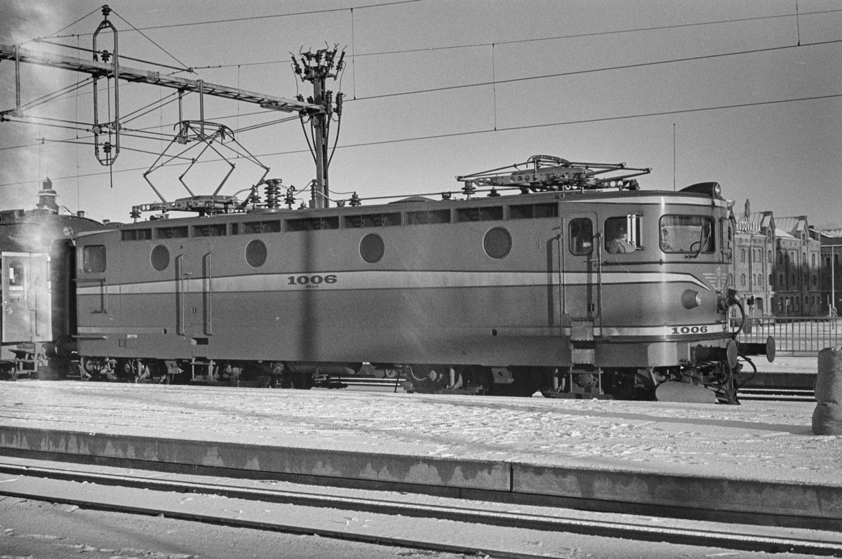 Svensk elektrisk lokomotiv type Rb nr. 1006 i Gävle i Sverige.