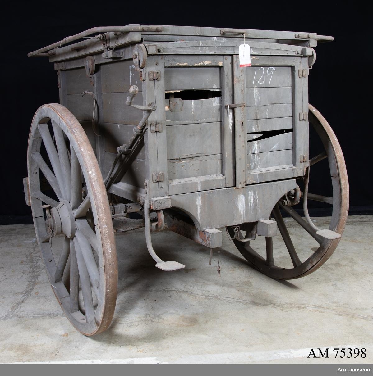 Vagn- med föreställare (sannolikt för ballongmateriel).