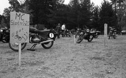 Militärmästerskap Motor. Uppställning av motorcyklar.