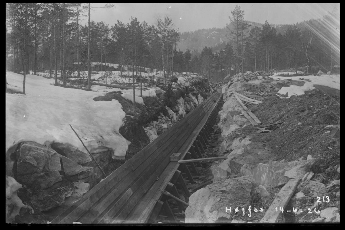 Arendal Fossekompani i begynnelsen av 1900-tallet CD merket 0474, Bilde: 27 Sted: Høgefoss Beskrivelse: Tømmerrenne