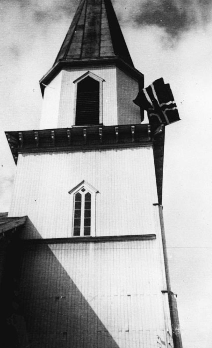 Fet kirke 8. mai 1945