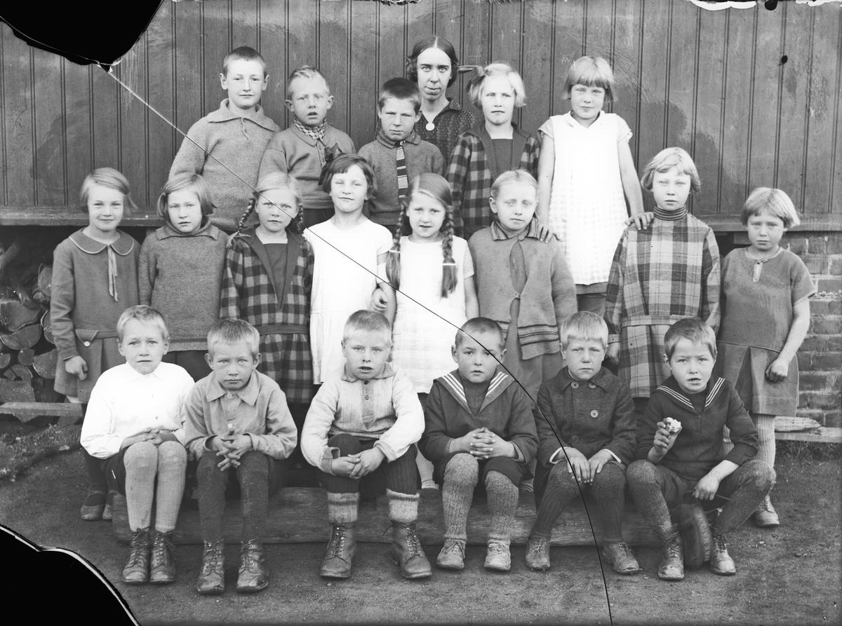 Nygård, Bøn folkeskole, 1. klasse.