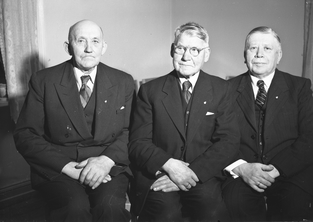 3 eldre menn.