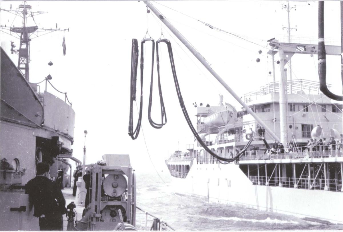 Jagere, C-kl., bunkring i sjøen, ca 1960.