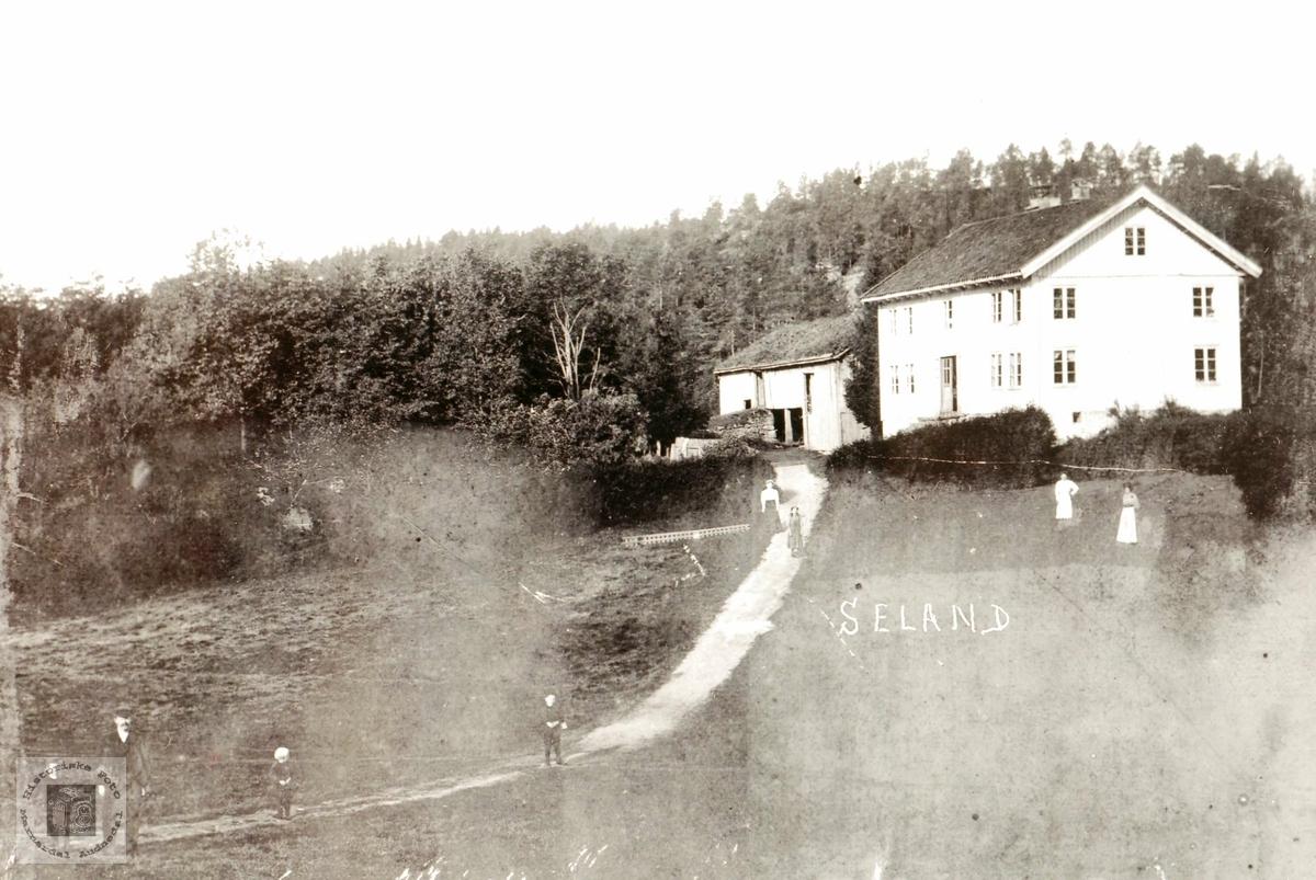 """Garden """"Der heima"""" på Seland i Grindheim."""