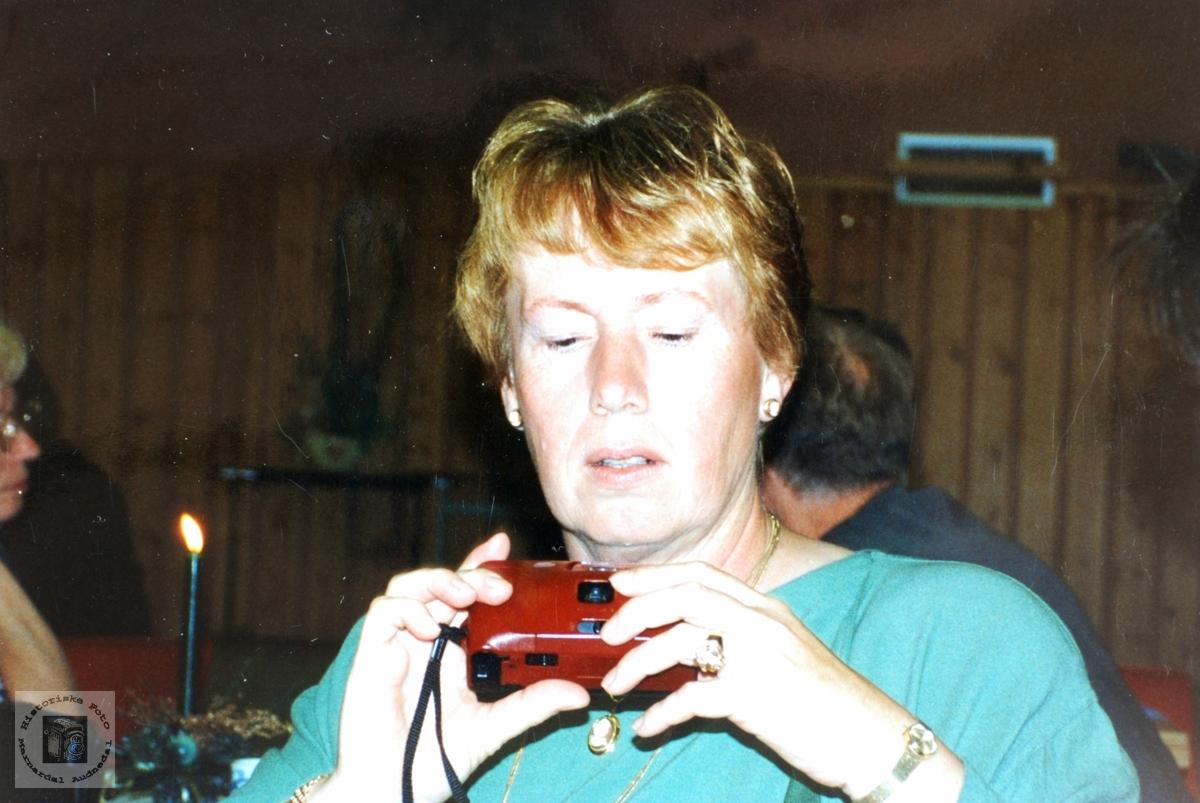 Anna Handeland som fotograf. Smedsland Audnedal.
