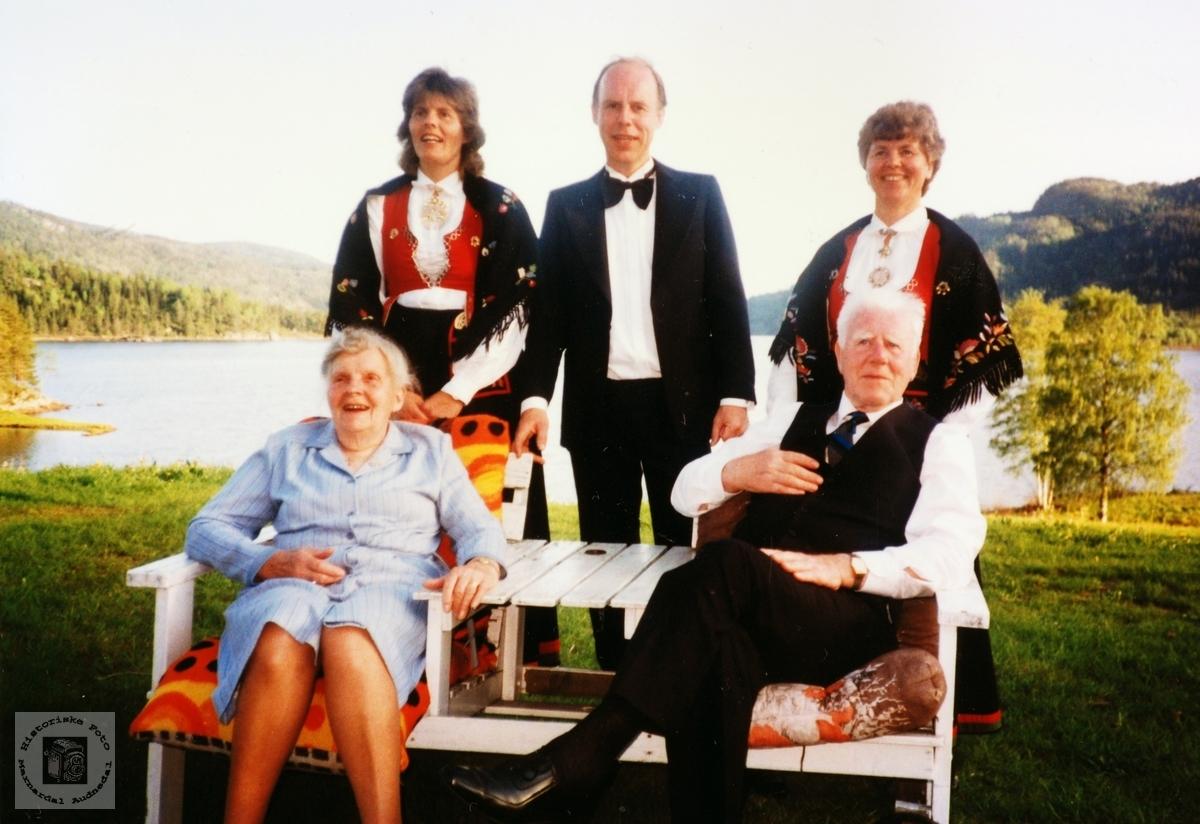 Bilde av familien Grindheim. Audnedal.