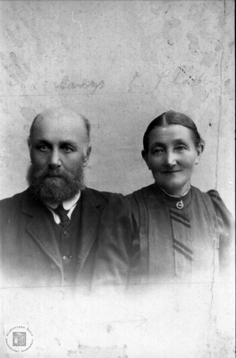 Portrett av Lars K. Laudal og Anna Laudal.