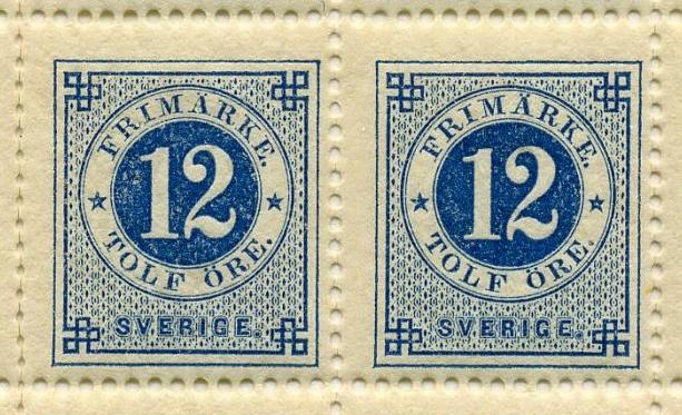 Helark bestående av 100 frimärken i valören 12 öre. Frimärket är blått, med en stående rektangulär ram och dubbla cirklar i mitten, där siffran 12 i vitt är placerad i den inre cirkeln med blå bakgrund. I den yttre cirkeln med vit bakgrund står med blå text: Frimärke, Tolf Öre. Längst ner texten: Sverige.