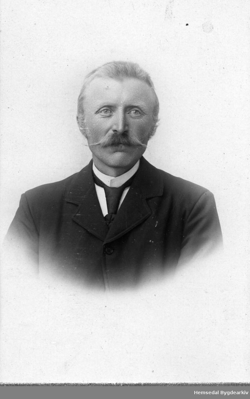 Nils O. Venås (1866-1906), 90.2 i Hemsedal.