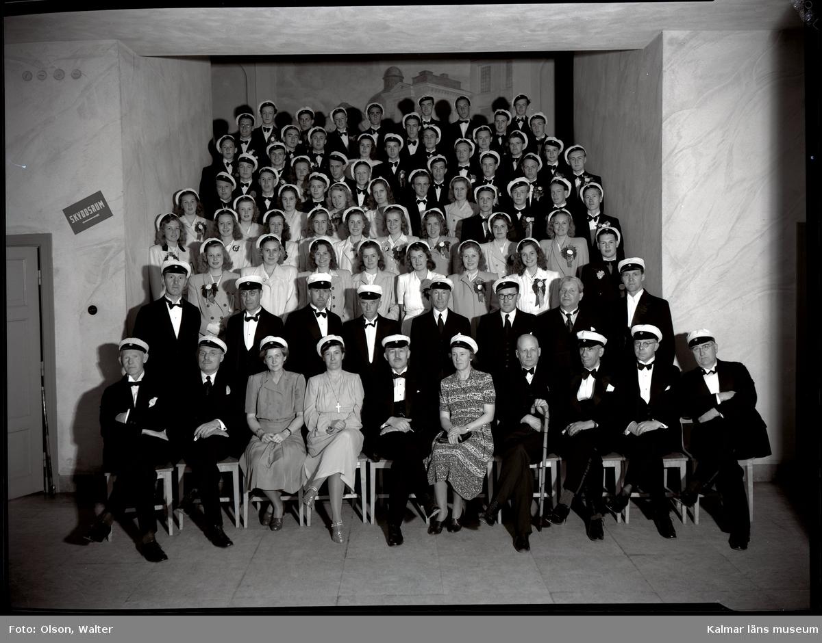 Beställare: Studenter 1944.
