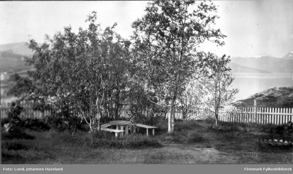 Hagen til familien Lund i Bossekop