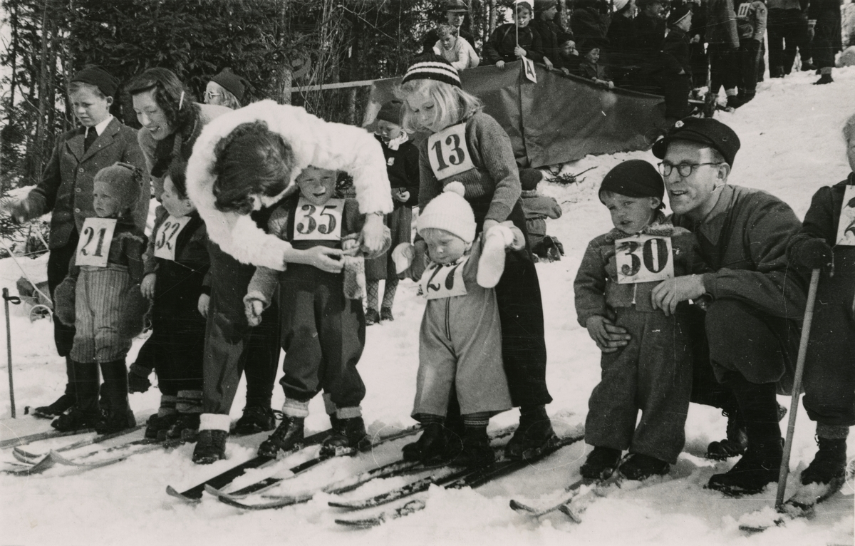 Skking competition for children at Kongsberg